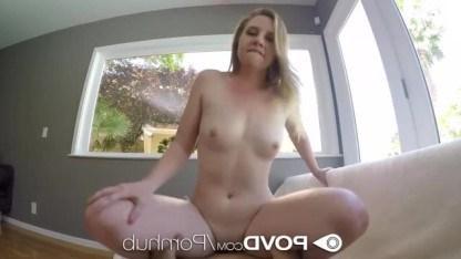 Cynthia Thomas получила от парня куни и дрочку игрушкой перед сексом