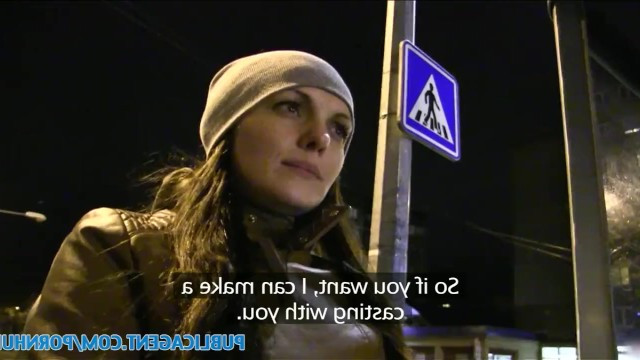 Пикапер подкупил русскую девушку парой сотен евро и заставил ее потрахаться
